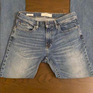 Hollister Slim Straight Flex Jeans in Medium Wash